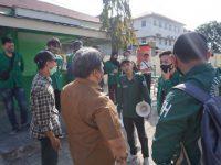 Mahasiswa Lakukan Aksi Mimbar Bebas, WR III UMP Berikan Ancaman