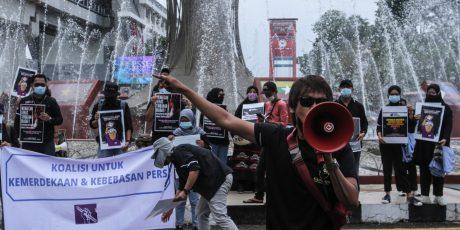 Tiga Poin Tuntutan Aksi Protes Tindak Kekerasan Jurnalis Tempo Surabaya