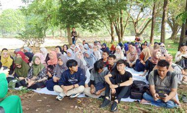 Family Gathering HMPS Bahasa Inggris UMP