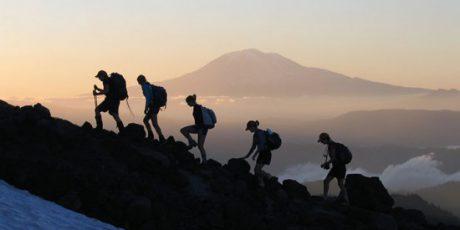 Pembatasan Pendaki Puncak Dempo Jelang HUT ke-76 RI